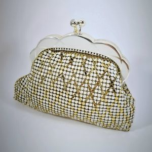 Vintage 70s House of Mesh Glomesh Coin Purse